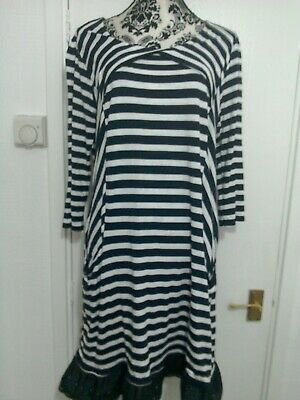 wallis size L navy and white striped dress with black edging on the bottom