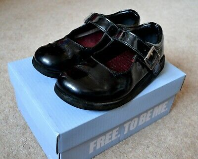 Clarks Children's Crown Honor Buckle school leather Shoes Black Patent 9.5 G