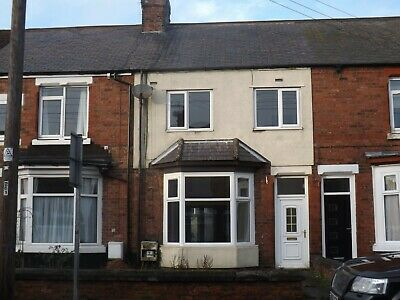 House For Sale..freehold.. 3 Bed.. Newly Refurbished...great Investment