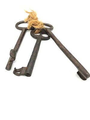 Old Rusty LARGE Antique CASTLE DOOR CHURCH JAIL Prison Lock Safe KEYS Decor