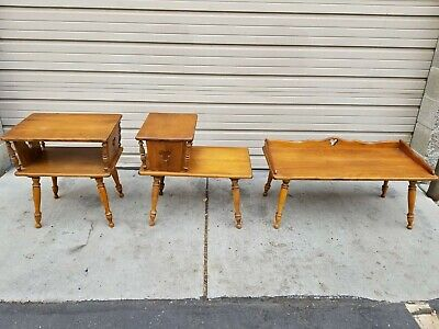 Mid century modern, three piece coffee & end tables, Lane style. Great condition