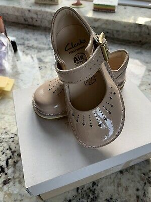 clarks first shoes girls 4.5G