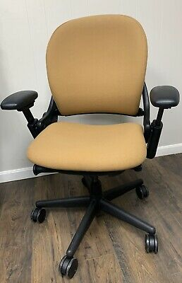 """Steelcase_Leap_Chair_V1_""""Fully_Loaded"""" Wow!!! Camel_Black!Excellent_Condition"""