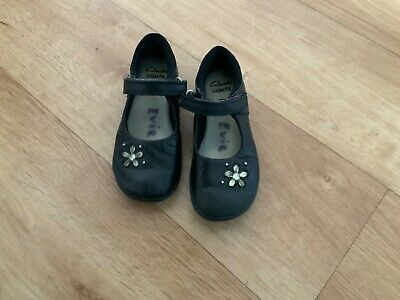 Girls Clarks Black school Shoes Size 9.5F