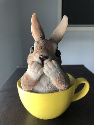 Easter bunny in cup ceramic