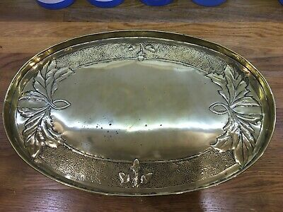Vintage Arts And Crafts Brass Dish / Tray With Hammered Design 23cm Diameter
