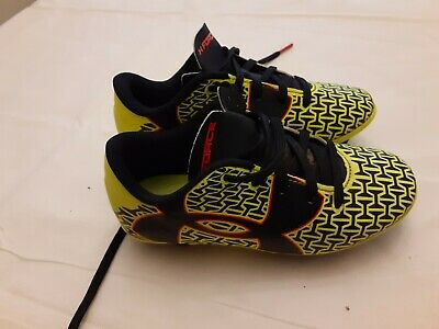 Under Armour Cleats Size Kids 10