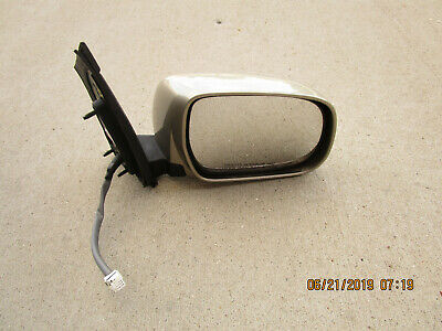 TOYOTA OEM Sienna Outside Mirrors-Front Door-Outer Cover Right 8791508021A0