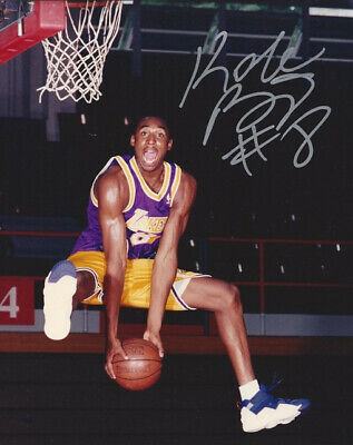 Kobe Bryant Signed Photo 8X10 Rp Autographed Rookie Year