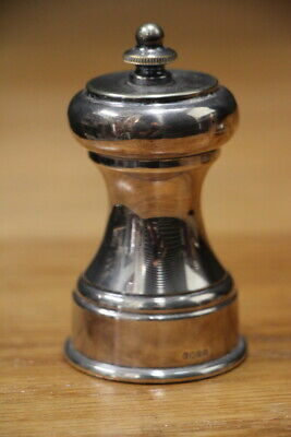 Silver plated genuine French Peugeot pepper mill grinder marked England Z model