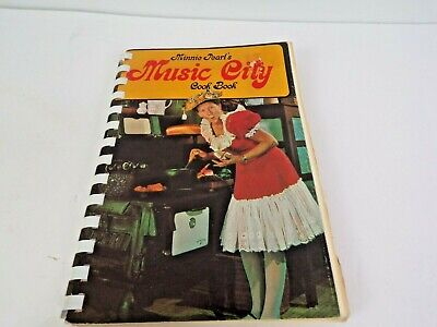 Vintage Minnie Pearl's Music City Cook Book 1970