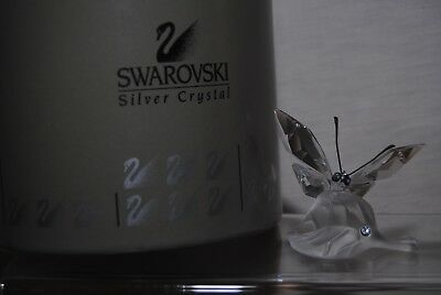 SWAROVSKI SILVER CRYSTAL BUTTERFLY ON LEAF (Clear and frosted) 182920