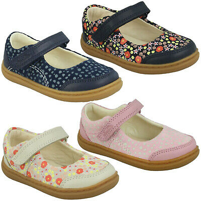 Girls Clarks Flash Bright T Hook & Loop Casual Mary Jane Shoes Cruisers Size