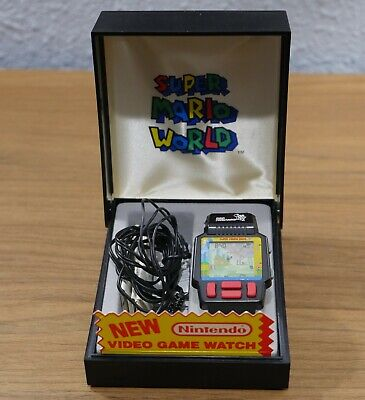 NINTENDO SUPER MARIO WORLD VIDEO GAME WATCH 1991 W / Case Manual Earbuds Battery