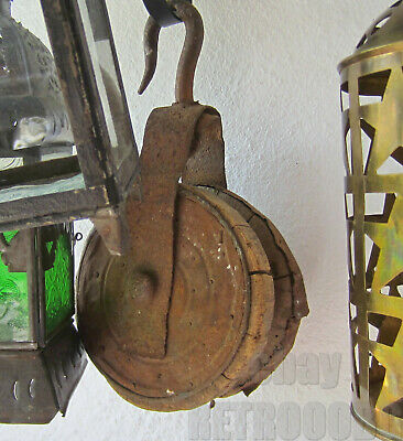 Antique Primitive  Wood / metal Farm  Barn Pulley with hook