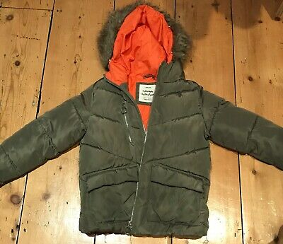 Stunning Zara Girls padded parka coat Jacket Age 9  Khaki Green