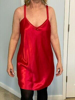 Secret Treasures Beautiful Red Full Slip Soft Silky Sexy Satiny  Size L
