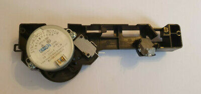 T464 Genuine Bosch Microwave Oven Door Latch (12024129) Spare Replacement Part