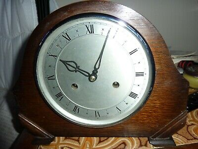 Vintage/Art Deco Wooden Wind Up Smiths England Mantle Clock - Good Working Order