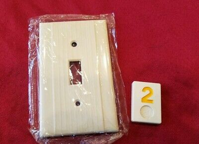 1 NOS Ivory Vtg Ribbed Deco Single Gang Switch Cover Plate Bakelite - Y2