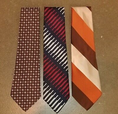 Vintage 70s Wide Fat Neckties Retro Textured Polyester Hip Crazy Funky Patterns