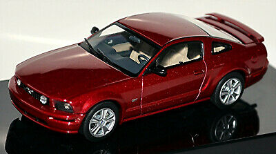 Ford Mustang V GT Coupe 1.Generation 2004-09 Red Fire rot metallic 1:43 AUTOart