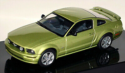 Ford Mustang V GT Coupe 2004-09 Legend Lime grün metallic 1:43 AUTOart