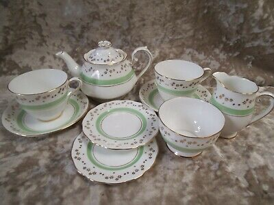 Roslyn China tea set for 2 people in green & gold – teapot, 2 cups & saucers