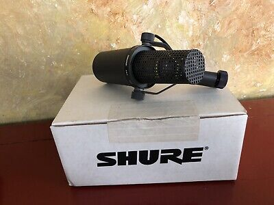 SHURE SM7 MICROPHONE THE ORIGINAL Unidirectional Dynamic Mic  $.99 start