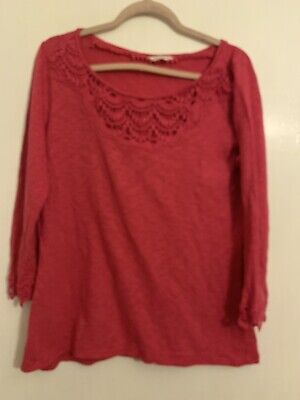 Pretty Marks And Spencers Pink Crochet Style Ladies Top Size 12 W5