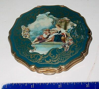 LP17 (B47) Vintage Stratton Made in England Compact Victorian Enamel Scroll