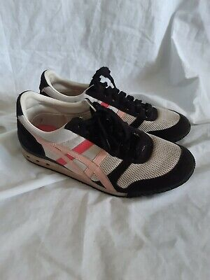 Womens Onitsuka tiger ultimate 81 sneakers size 7 US