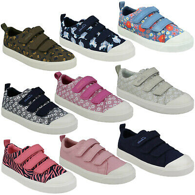 GIRLS BOYS CLARKS CITY GEO K KIDS HOOK /& LOOP CASUAL TRAINERS CANVAS SHOES SIZE