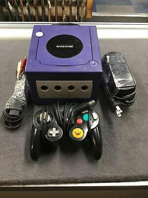 Nintendo Gamecube GC Platinum Silver Console w/ 1 Controller, and Hookups
