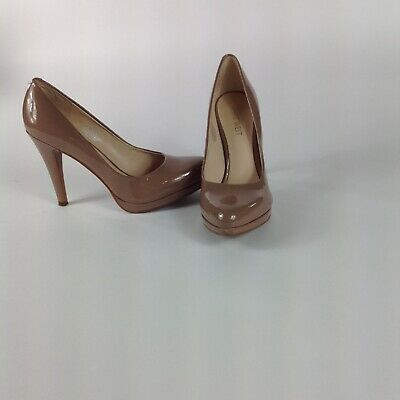 "Nine West Womans Beige/Nude Pumps Size 6.5 M Slip on 4"" Heels Great Condition"