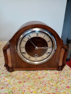 Mantle  clock Westminster chimes working but chime works but  needs repair