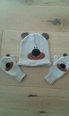 Great kids hat and glove set, age 6/7 yrs New