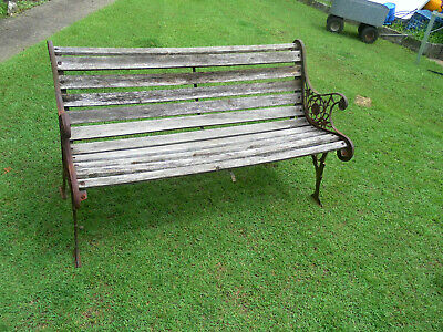 1950-60's VINTAGE WOOD/WOODEN RUSTIC CAST IRON GARDEN PARK BENCH SEAT G/COND