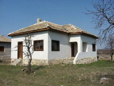 Bulgaria village house only 16 Km to sea 2 bed room low start price