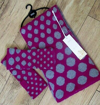 Ladies / Older Girls ~ Marks & Spencer~ Scarf & Glove Gift Set ~ Quality ~ Bnwt