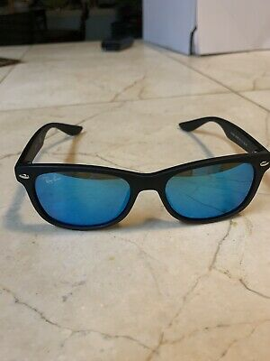 Youth Ray-Ban Wayfarer Sunglasses Black With Blue Lens