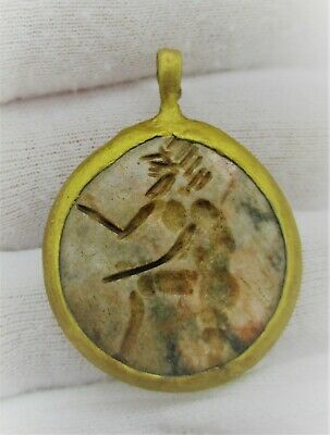 Beautiful Old Antique Gold Gilded Pendant With Ancient Agate Stone Intaglio