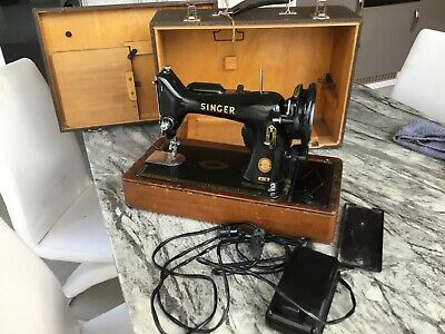 Vintage Singer Sewing Machine Electric Model 99k