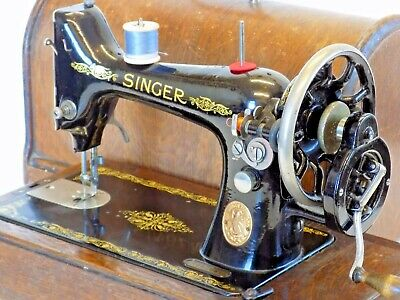 Singer Sewing  Machine 99K Hand Crank Antique Collectable 1916