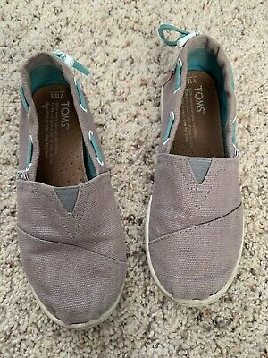 Girls Grey Toms Shoes Size 13.5 Great Condition!