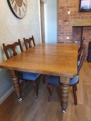 Antique Victorian Solid Oak Winding Extending Dining Table On Castors & 4 Chairs