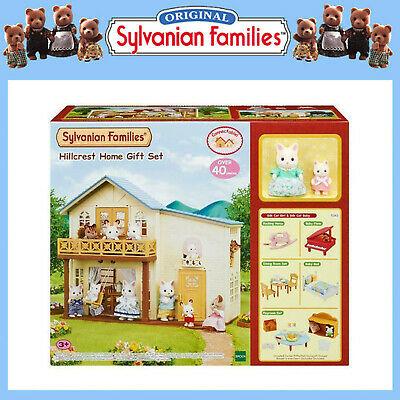 SYLVANIAN FAMILIES GIFT SET HILLCREST HOME DOLL HOUSE w FURNITURE & FIGURES 5343