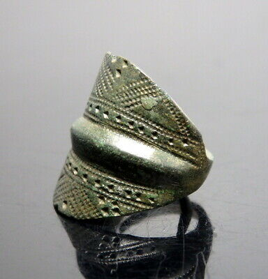 Baltic Viking Decorated Bronze Finger Ring  (N41)