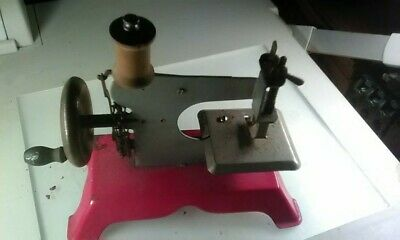 Rare Vintage 1923-1927 Chain Drive Toy Child's Sewing Machine