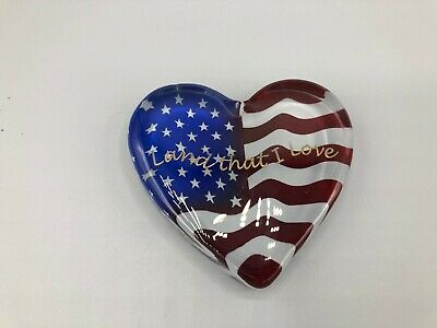Fenton  Heart Shaped American Flag Paperweight Land That I Love